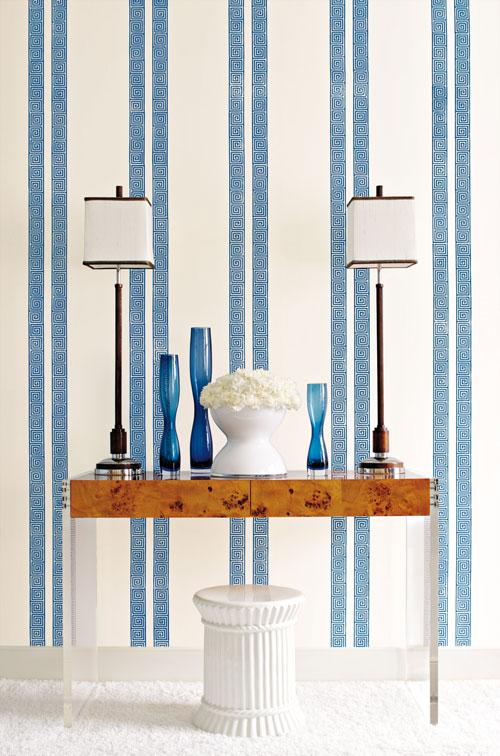 Greek-Key-Stripe-Wallpaper
