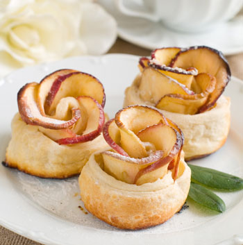 rose-apple-pastries