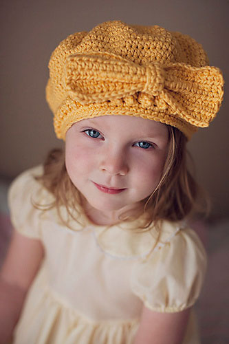 crochet-hat-with-bow