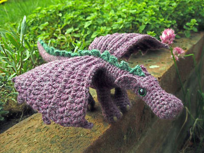knitted-dragon