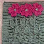 Free afghan square crochet pattern with blooms